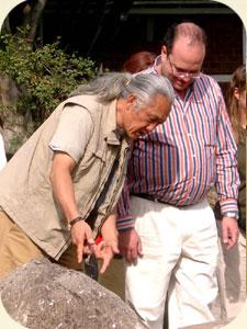 geomantische Steinsetzung mit Dr. Lim